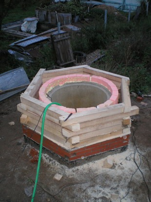 Колодец водопроводный